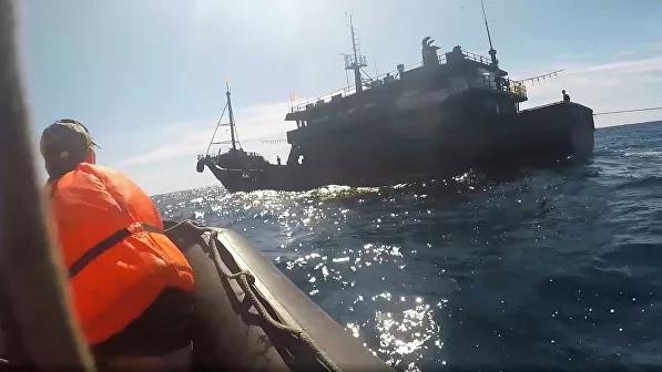 Умер один из задержанных в Японском море северокорейских браконьеров