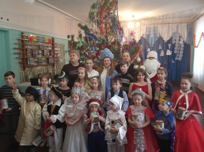 Новогодние подарки для детей прифронтовых территорий членов профсоюза образования от российских профсоюзов, изображение №4