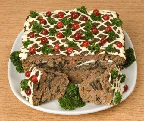 Печеночная запеканка с грибами Предлагаем еще одну вариацию на тему печеночного торта. Сытная, ароматная и полезная запеканка имеет все шансы стать любимым блюдом на вашем столе. ПОНАДОБИТСЯ: