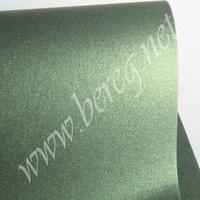 Дизайнерский картон Shyne Leaf Green 290 г/м, 30*30 см 60 р. - 1 лист 340 р. - 6 листов. Обрезки 30*10 - 16 р. за лист