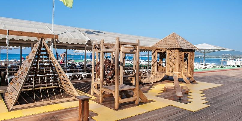 Отельная жемчужина Геленджика — Alean Family Resort & SPA Biarritz 4*, изображение №4
