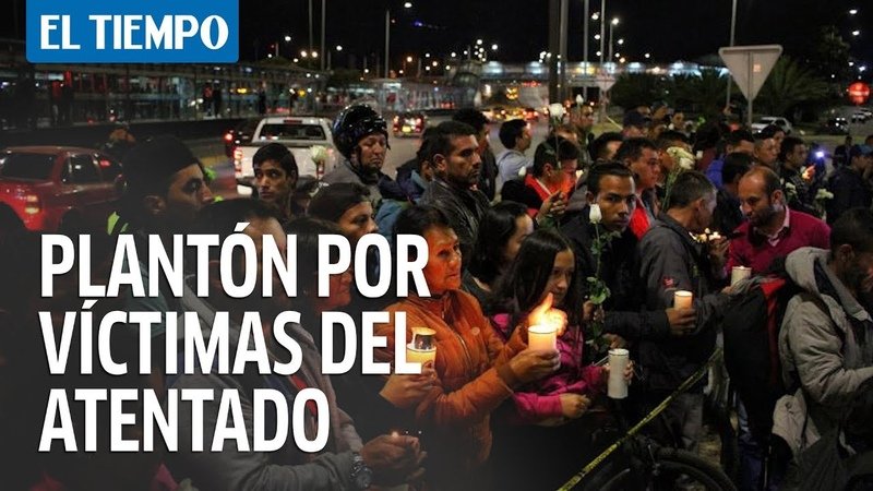 Plantón de solidaridad por las víctimas de la Escuela de Policía   EL TIEMPO