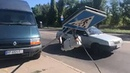 На Восточном проспекте микроавтобус Renault сбил знак