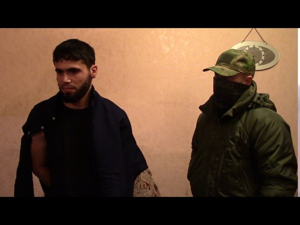 Экстремист пытался завербовать жительницу Саратова в Талибан