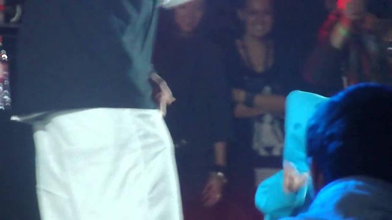Guf и Сами на сцене 29.10.2011