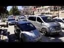 Непрерывная автомобильная пробка. Лето. Город Судак в Крыму. 2020