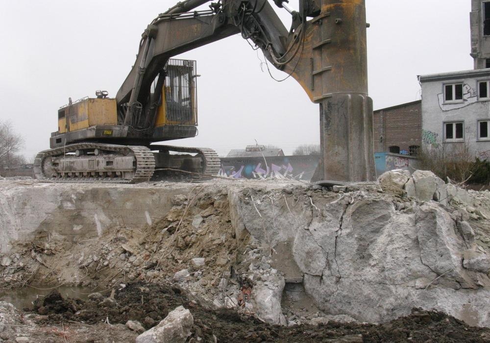 Кинетические молоты Fractum для строительного демонтажа