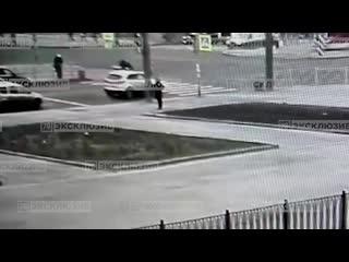 Мотоциклист сбил пенсионерку на перекрёстке просвещения и есенина