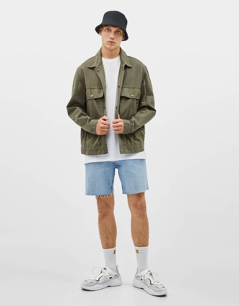 Облегающие джинсовые шорты