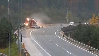 53-летний водитель грузовика погиб в Словении