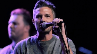 The Killers: Brandon Flowers - Got My Mind Set On You (Cover at George Harrison Fest)