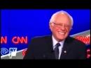 Hillary alias Killary Clinton Remix Lacht weil Gaddafi Tod ist EVIL Laughing