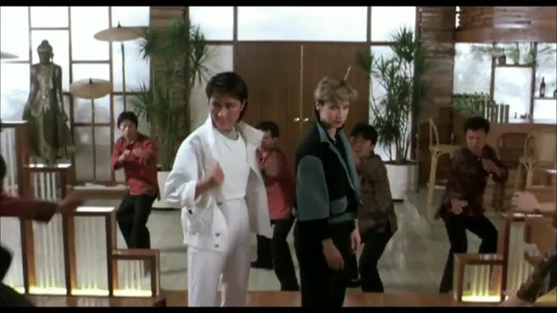 Синтия Ротрок и Мишель Йео в фильме Yes, Madam (1985)