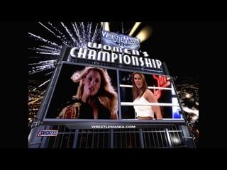 рм-22   Триш Стратус против Микки Джеймс - матч за титул чемпионки женщин