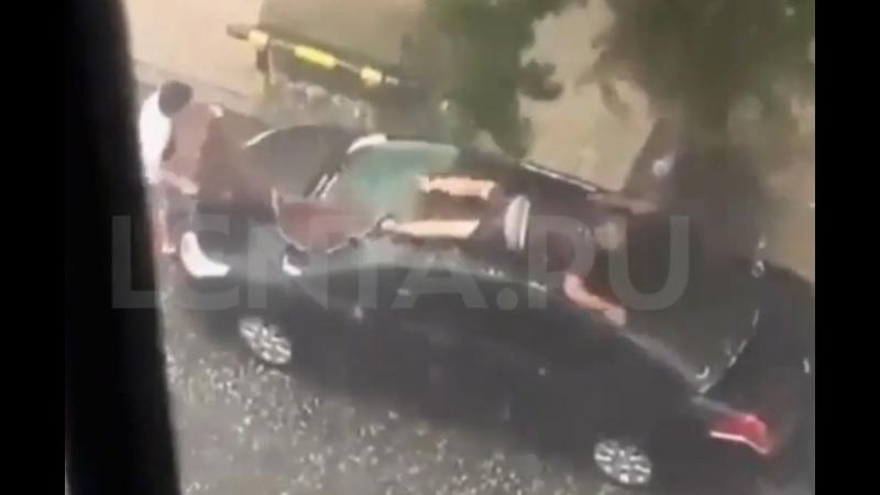 Спасение машины от града