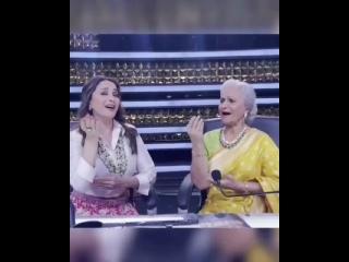 Мадхури Дикшит и Вахида Рехман