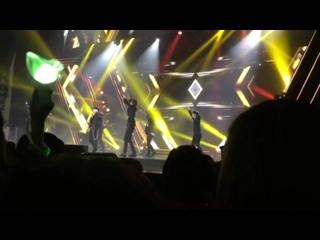[FANCAM:PERF] 180119 GOT7 - You Are @ «V Live Year End Party 2017» в Хошимине, Вьетнам.