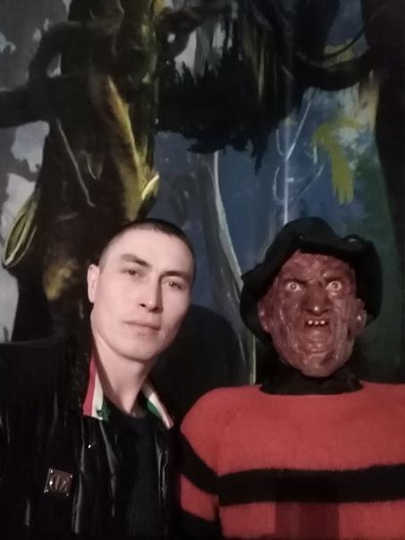 Albert Ryskulov, 33 года