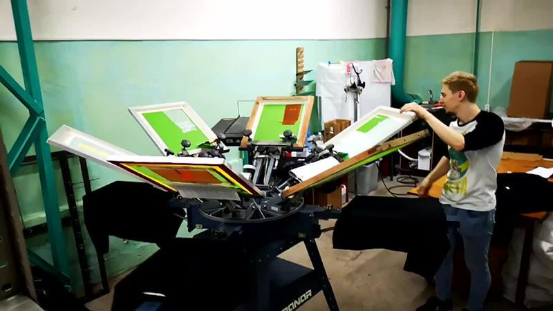 Шелкография в Нижнем Новгороде. Пошив одежды. Печать на футболках.