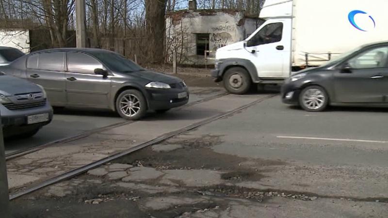 В выходные начнется ремонт переезда на Большой Санкт Петербургской движение будет ограничено
