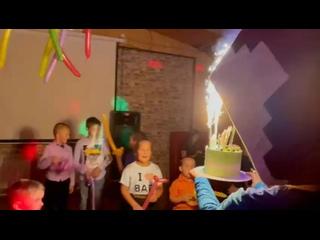АНИМАТОРЫ, ДЕД МОРОЗ, ПРАЗДНИКИ УХТА kullanıcısından video