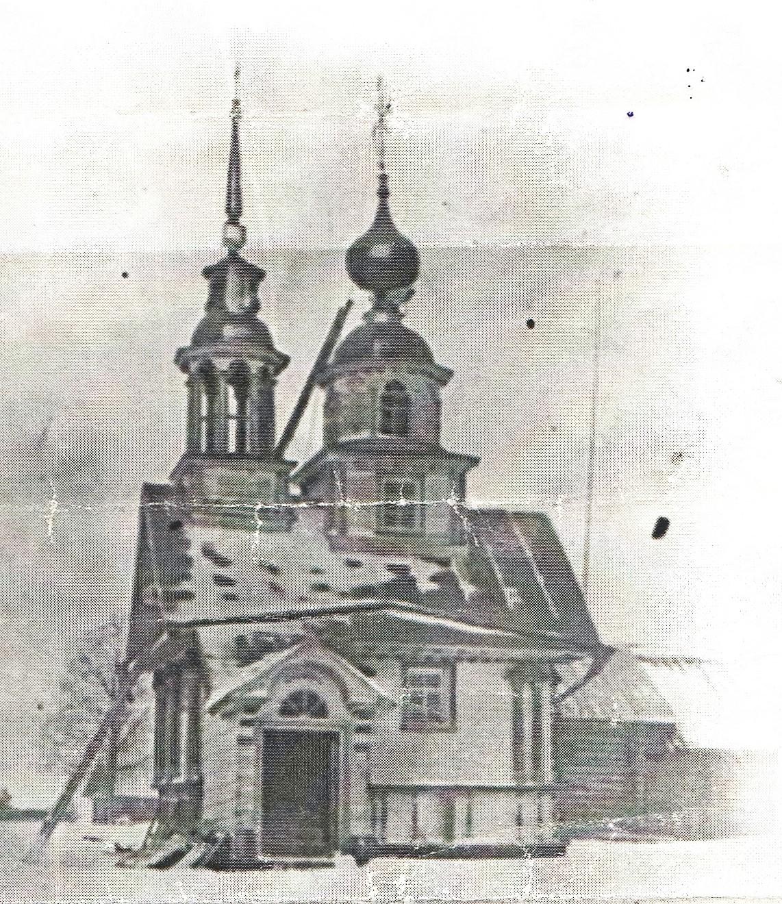 Часовня в деревне Мокеевской, Ротковец (сейчас это