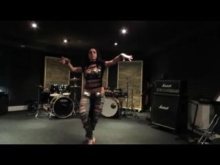 Diana Bastet Metal Belly Dance. AC/DC Thunderstruck
