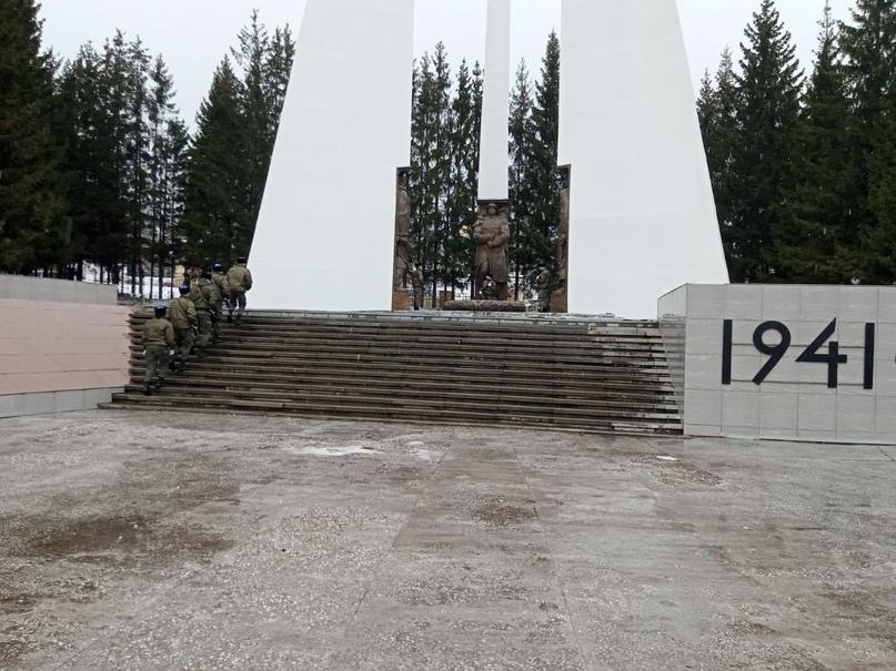Городская Вахта Памяти., изображение №3