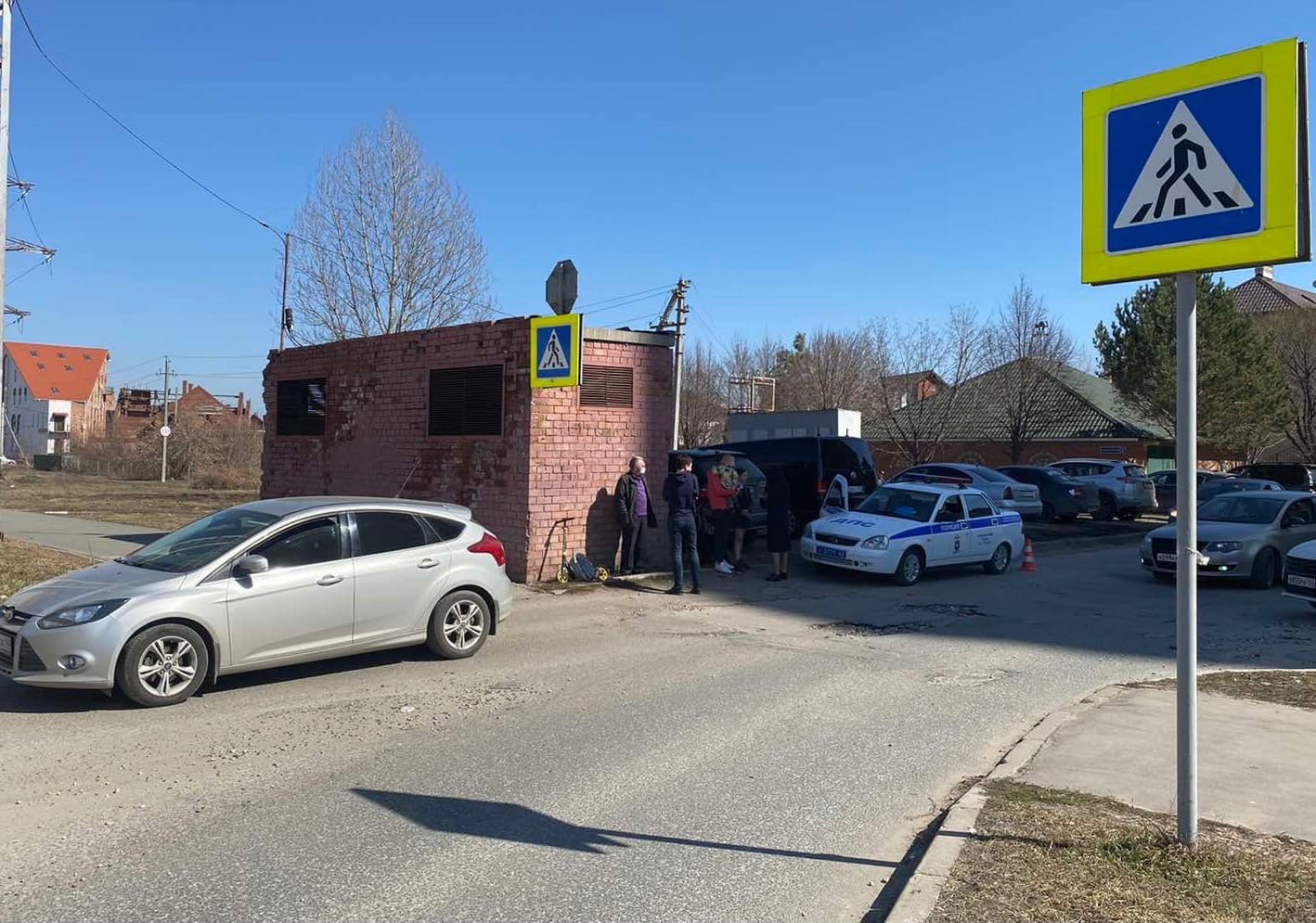 В Автозаводском районе машина сбила ребенка на самокате (видео)