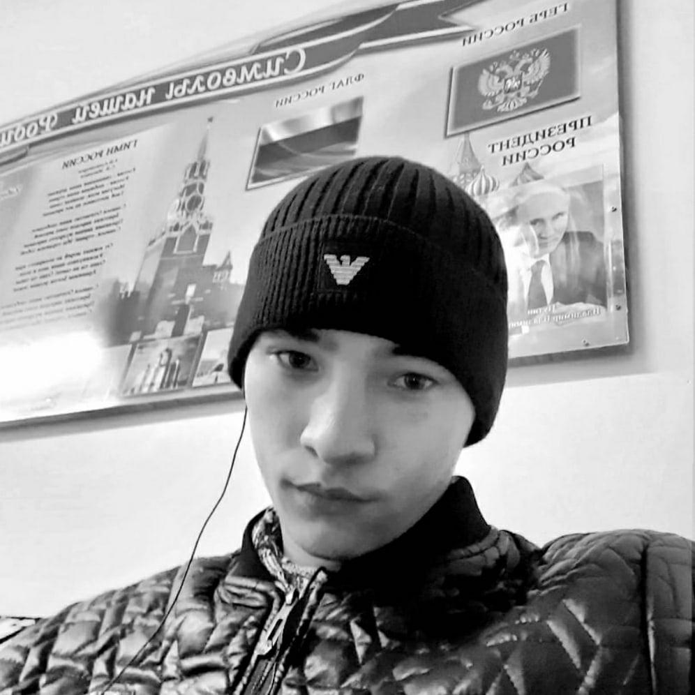 Анатолий, 18, Amursk