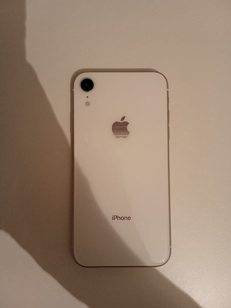 Apple iPhone XR 128 ГБ