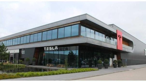 Где построят первый завод Tesla в России?Подмосков...