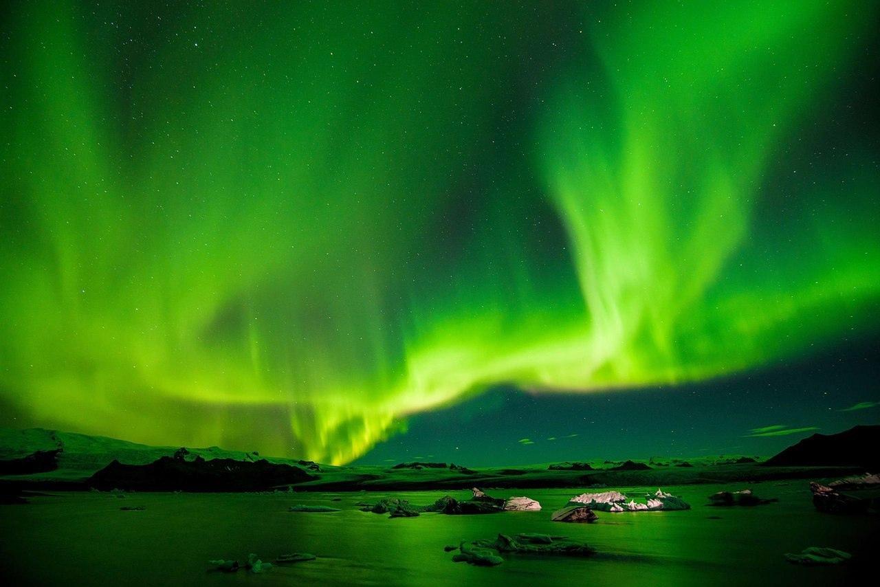 Увидеть северное сияние — мечта каждого путешественника. На латыни это природное...