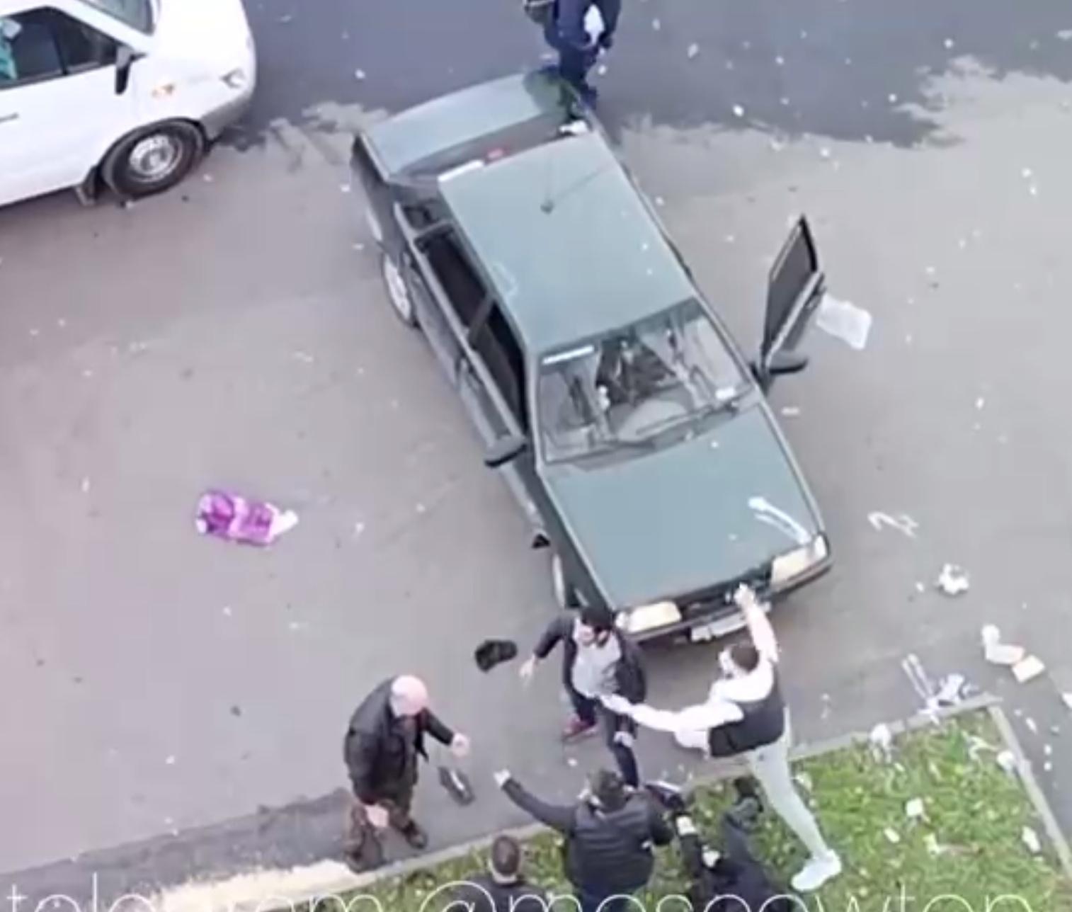 Стрельбой закончился конфликт мигрантов и местного жителя на Волгоградском проспекте.