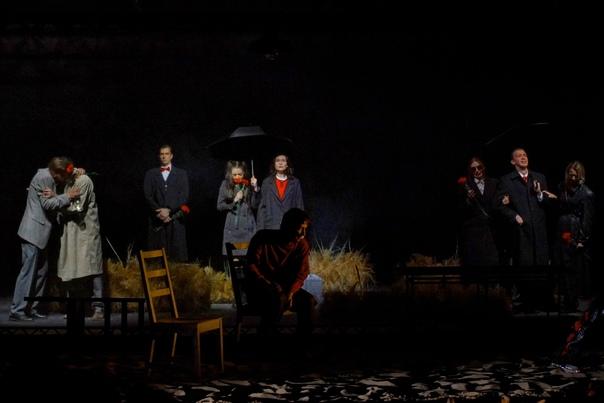 В Краснодарском театре драмы состоялась премьера «Утиной охоты»  12 мая на Камерной сцене...
