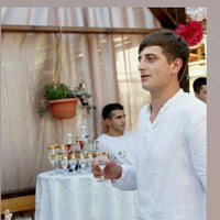 Лёва Саакян