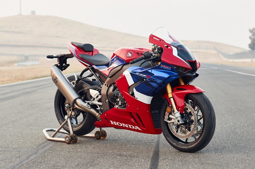 Супербайк Honda CBR1000RR-R Fireblade SP RR-R отозвали