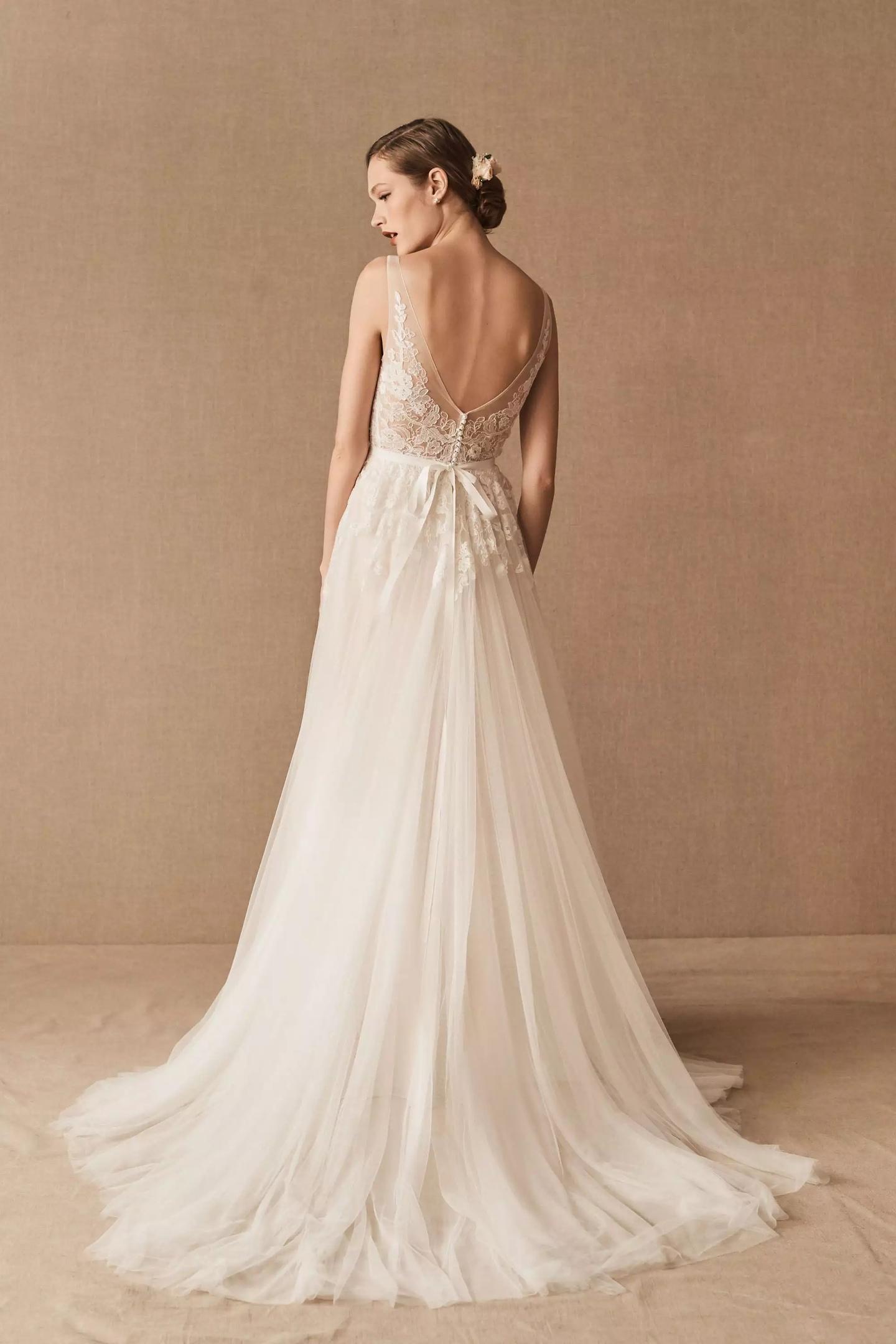 95b2iX6Fcpc - 21 романтическое платье для невесты в 2021 свадебном сезоне