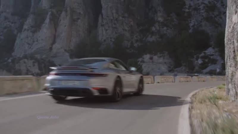 Music clip Italo Disco Porsche 911
