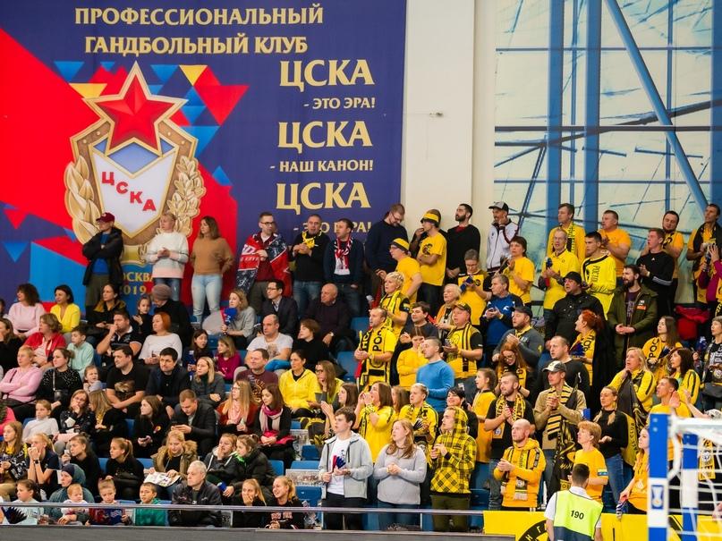 Матчи с украинцами пройдут в Минске, Петкович приедет 1 августа, а молодежь может начать сезон позже, изображение №2