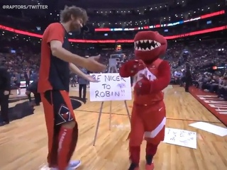 """NBA on ESPN on Instagram: """"Robin Lopez isn't happy with the Raptor's New Year's resolution 🤣 (via )"""""""
