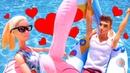 Видео КУКЛЫ! Барби иКен купаются вновом надувном бассейне! Любовное свидание напляже