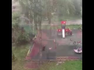 """""""Сталкер"""" на детской площадке в Химках"""