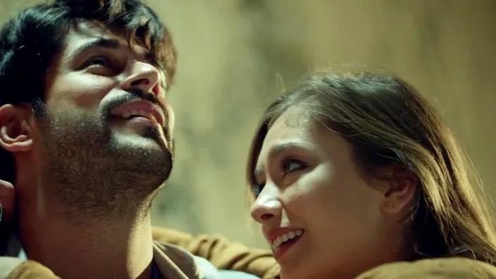 17 серия 1 сезон сериала Черная любовь Kara Sevda смотреть онлайн